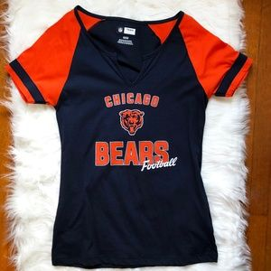NFL Team Apparel Chicago Bears Short Sleeve V-Neck